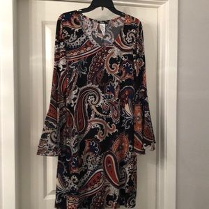 Bell sleeve dress. NWT